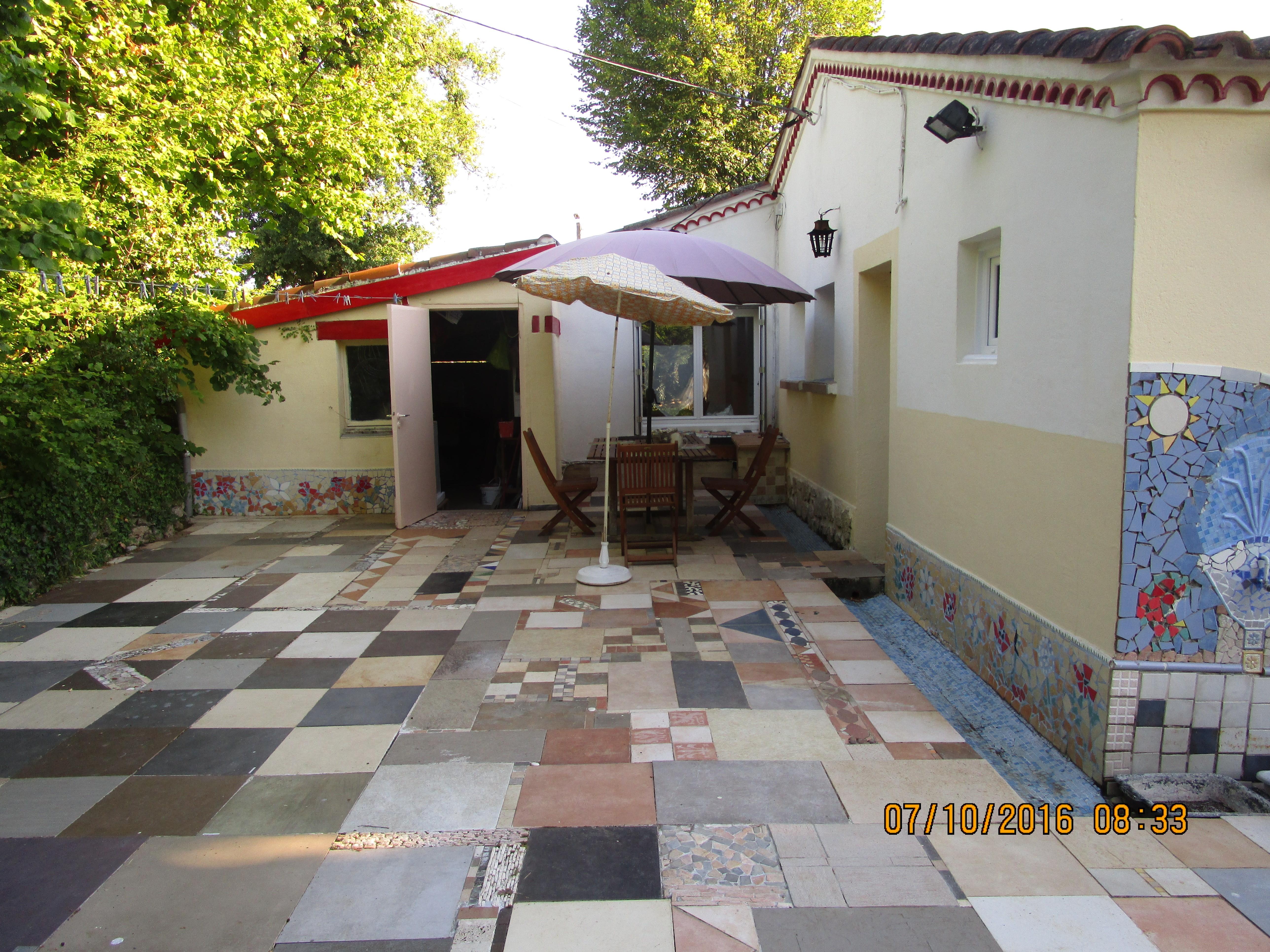 Charmante maison dans un bel environnement immobilier for Garage ad nantes beaujoire