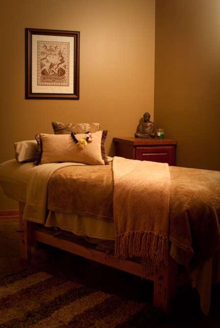 Photo ads/1239000/1239052/a1239052.jpg : recherche d'une masseuse sousse - tunis - monastir
