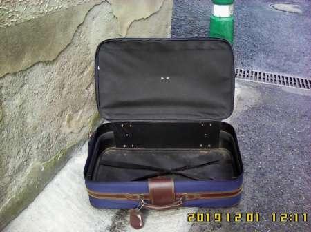Photo ads/1579000/1579672/a1579672.jpg : Valise sur roulettes Aquibag 41-42 litres.